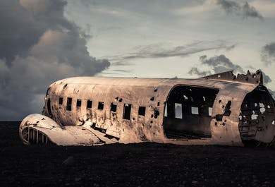 South Coast on a Budget |DC-3 Plane Wreck, Waterfalls, and Reynisfjara Black Sand Beach