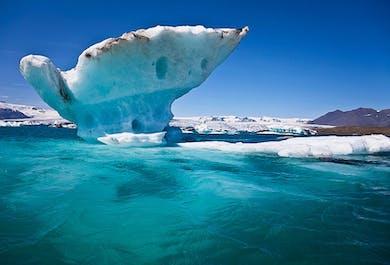 Jokulsarlon Glacier Lagoon, Diamond Beach, Waterfalls and more | Private transfer in a Mercedes Benz