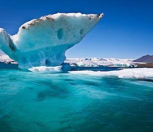 Private Jokulsarlon Glacier Lagoon Tour with Diamond Beach, Black Sand Beaches & More in a Mercedes