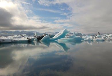 Jokulsarlon Glacier Lagoon, Diamond Beach, Waterfalls and Beaches   Private Sightseeing Tour