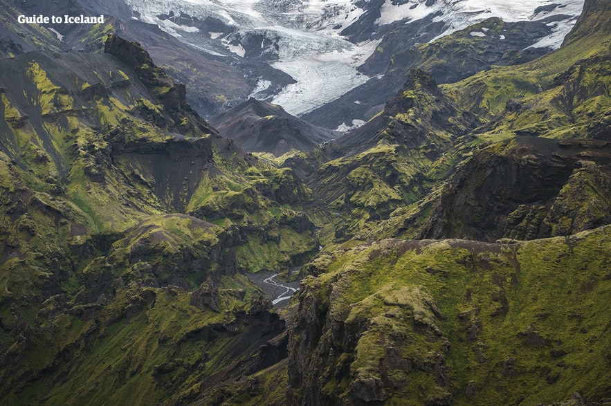 Many glaciers extend into the valley of Thor.