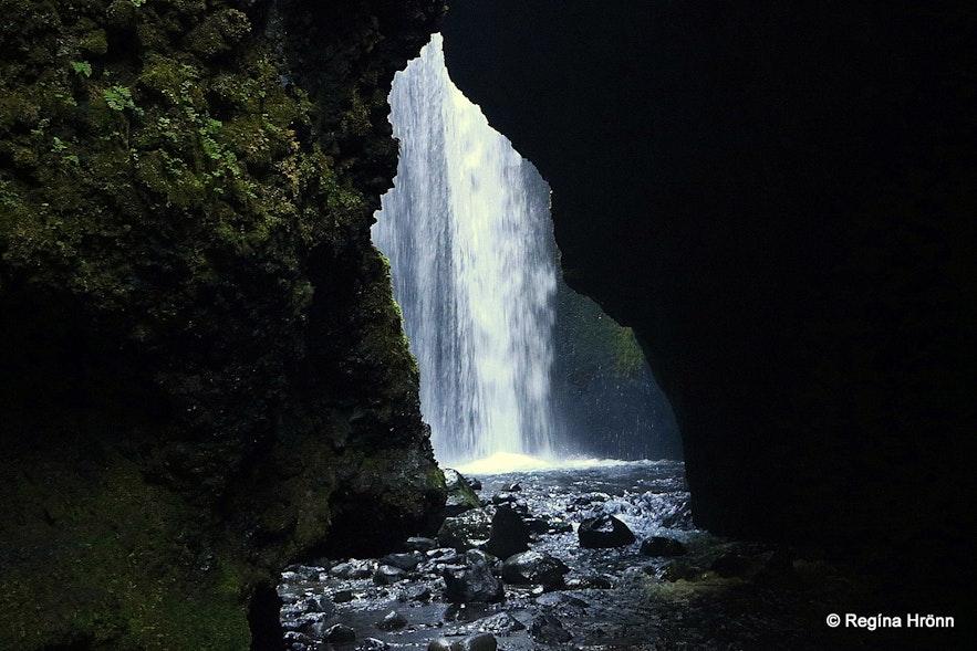 Waterfall in Nauthúsagil ravine