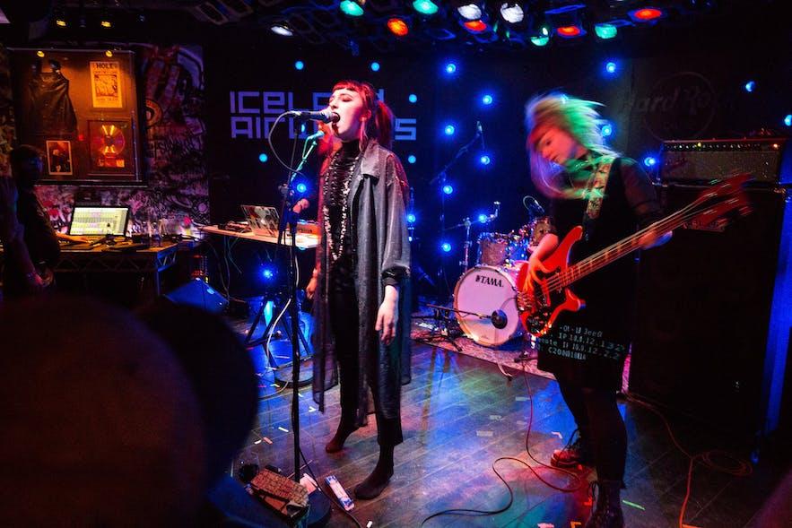 Ein Konzert in Reykjavík.