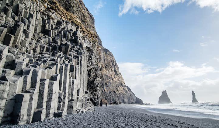 12-godzinna wycieczka z przewodnikiem po lodowcu i minibusem po południowym wybrzeżu z transferem z Reykjaviku