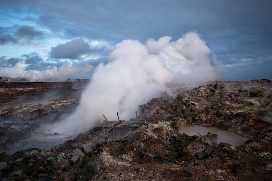 Gunnuhver na półwyspie Reykjanes.