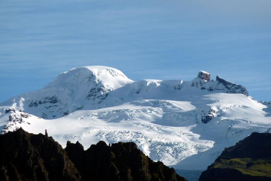 Hvannadalshnjukur is located in Vatnajokull National Park.