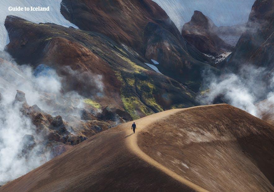 凯德灵加火山位于冰岛中央内陆高地地区