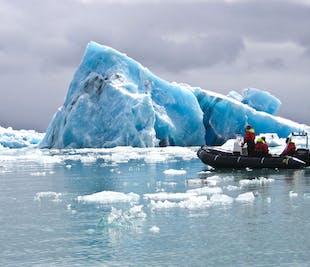 現地発|ヨークルスアゥルロゥン氷河湖のゾディアック・ボート・ツアー