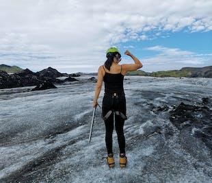 Passeggiata sul ghiacciaio Solheimajokull