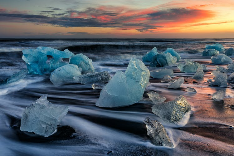The Diamond Beach littered with captivating icebergs.