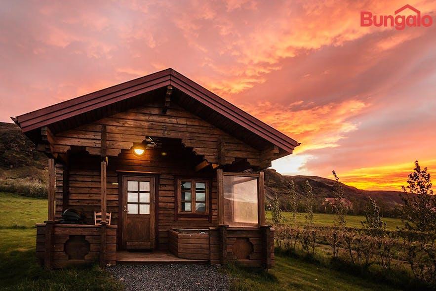 冰岛南岸地热温泉小镇度假屋出租预订