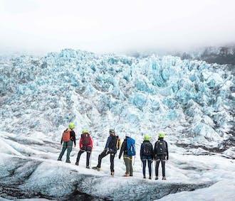 โลกมหัสจรรย์สีฟ้าที่ถ้ำน้ำแข็งสกัฟตาแฟลล์   ปีนเกลเซียร์ 5 ชั่วโมง
