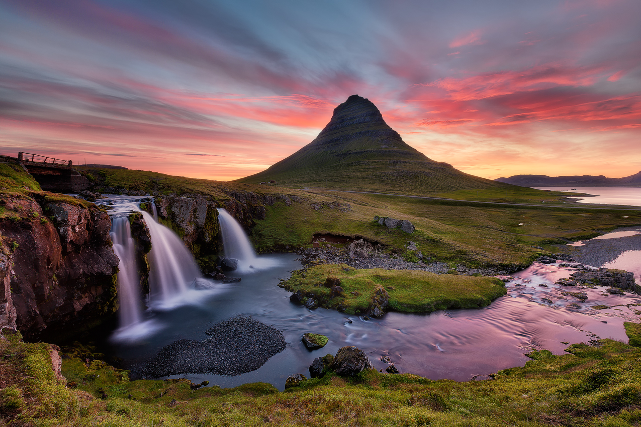 Kirkjufell mountain on the Snæfellsnes Peninsula captured in the middle of a beautiful sunset.