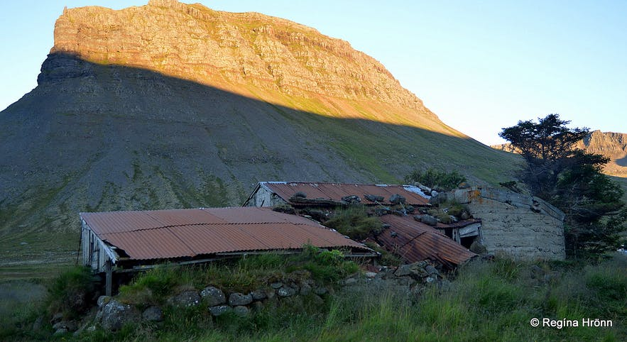A traditional Icelandic barn at Uppsalir.