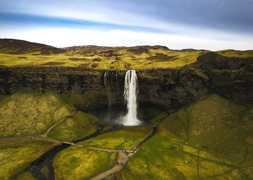 冰島塞里亞蘭瀑布