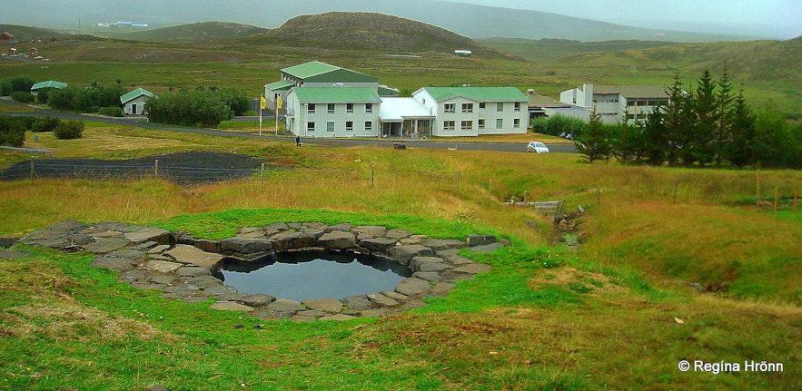 Guðrúnarlaug hot tub