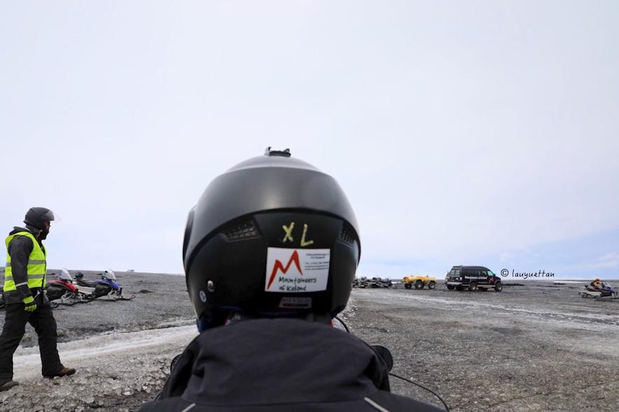 乘坐雪地摩托視角