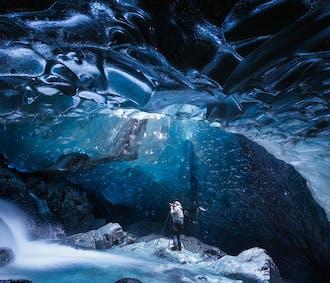 8日間冬景色の撮影ツアー   ゴールデンサークル、南海岸、氷の洞窟