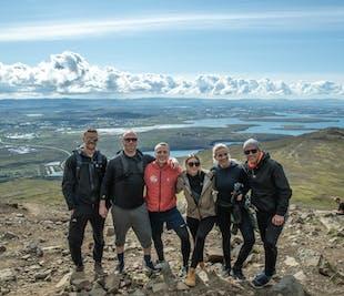 Wanderung auf Reykjaviks Hausberg Esja | Schwimmbad, Abendessen & Drinks