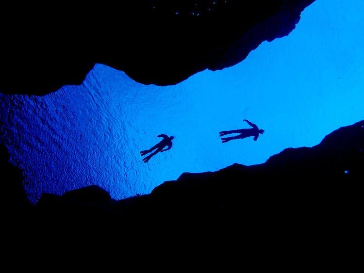 La visibilité dans la source glaciaire, Silfra Fissure, dépassera parfois 100 mètres. Maintenant c'est ce que nous appelons clair!
