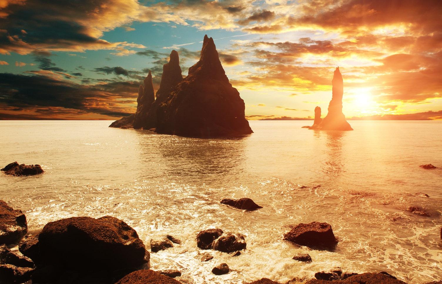 冰岛南岸黑沙滩也是冰岛之旅中绝不能错过的一站