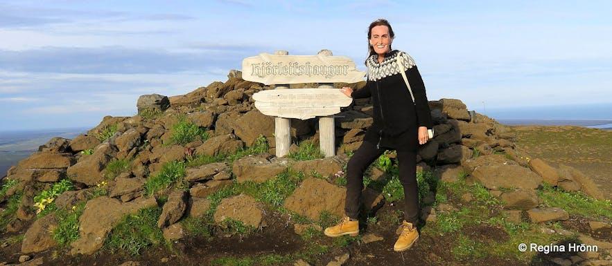 Regína by Hjörleifshaugur burial mound