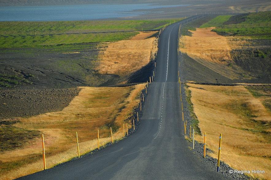 The new, paved road leading from Húsavík to Þeistareykir