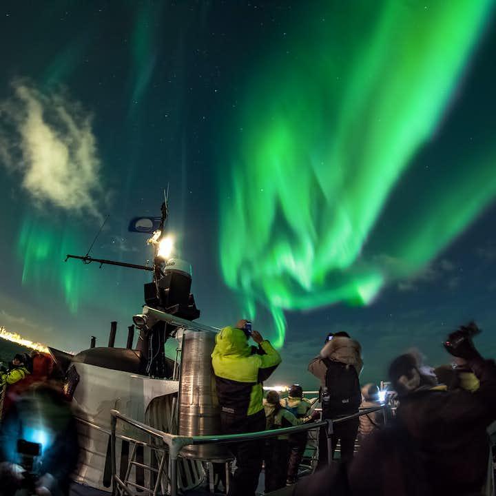 Krydstogtbåd fra Reykjavik til nordlysets rige