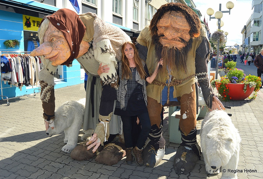 Regína with the parents of the Yule Lads in Akureyri
