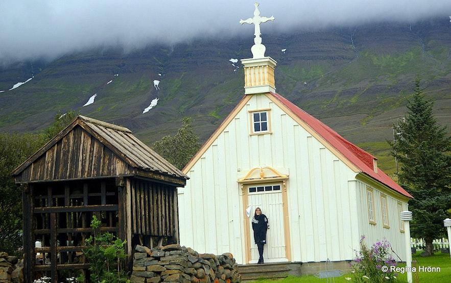Regína at Möðruvallakirkja church