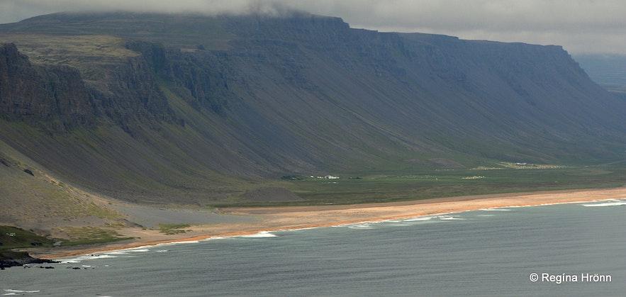 The view of Rauðasandur from Keflavíkurbjarg cliffs
