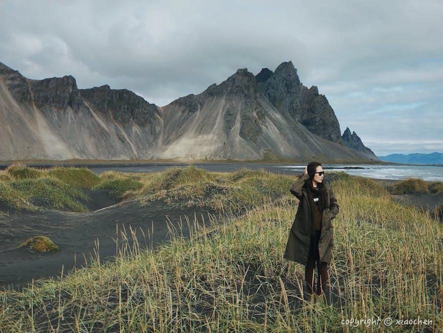 冰岛人像摄影-赫本镇旁的西角山Vestrahorn