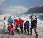 ปีนขึ้นไปบนธารน้ำแข็งภายในอุทยานแห่งชาติวัทนาโจกุลถือว่าเป็นประสบการณ์ที่น่าตื่นเต้น.