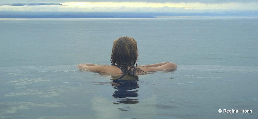 Regína soaking in the Geosea geothermal sea baths in North-Iceland