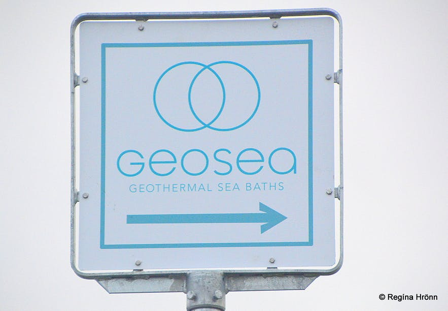 The sign pointing to Geosea Geothermal Sea baths