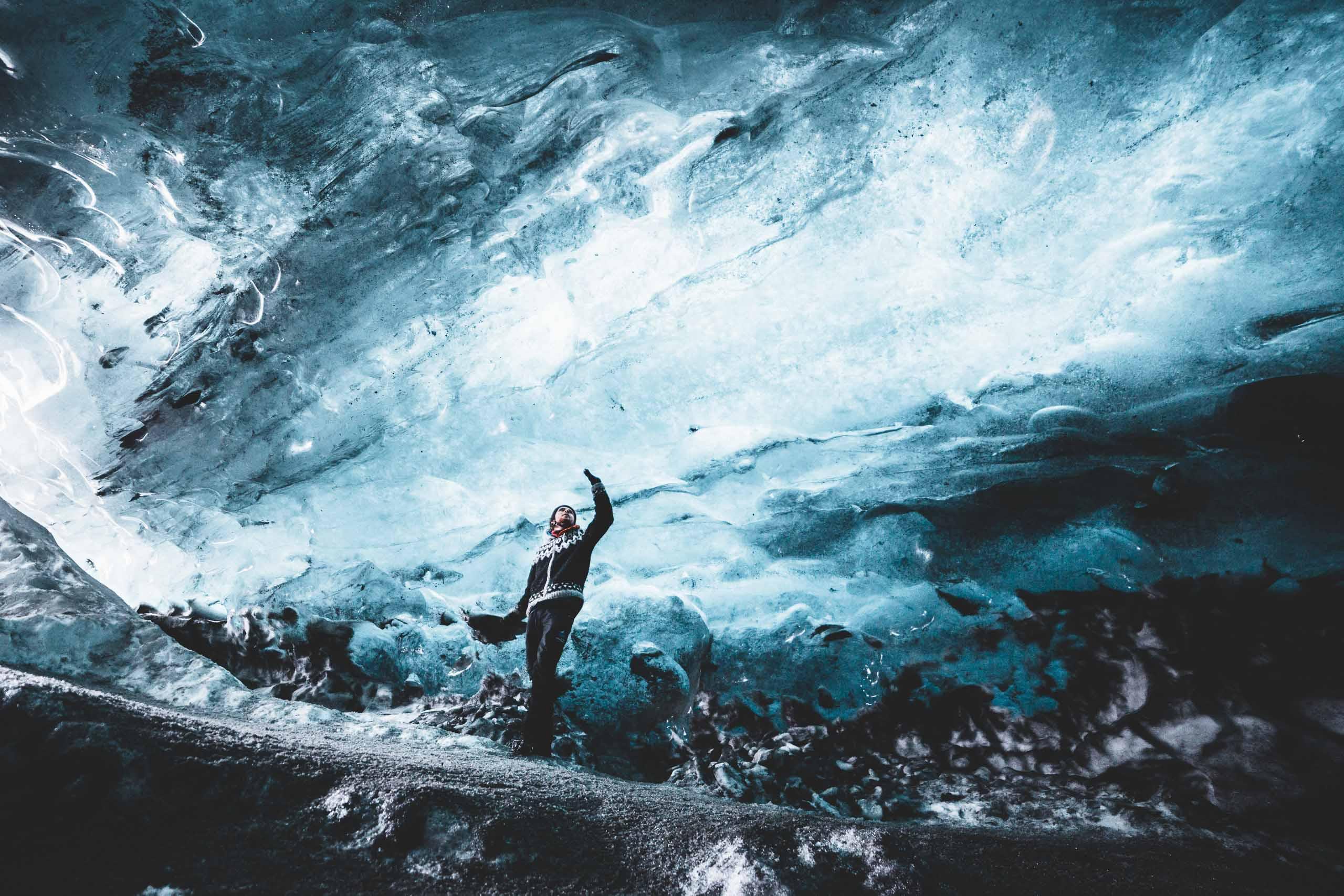 แพ็คเกจ 2 วัน ทัวร์ถ้ำน้ำแข็ง & ชายฝั่งทางใต้ | ปีนกลาเซียร์ เที่ยวโจกุลซาลอน & ดูแสงเหนือ