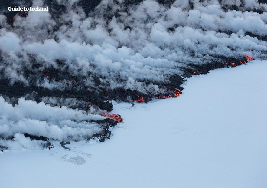 冰岛内陆高地的Holuhraun火山在2014年冬天也持续喷发