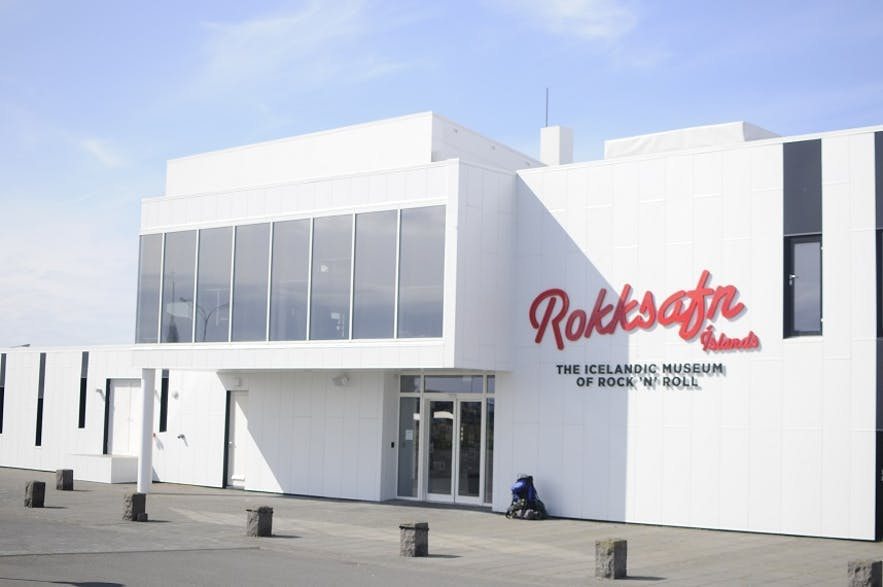 The Icelandic Rock 'n' Roll Museum is in Keflavik.