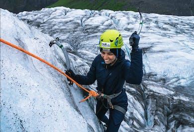 ปีนน้ำแข็งที่สกัฟตาแฟลล์ & ทัวร์ปีนเกลเซียร์