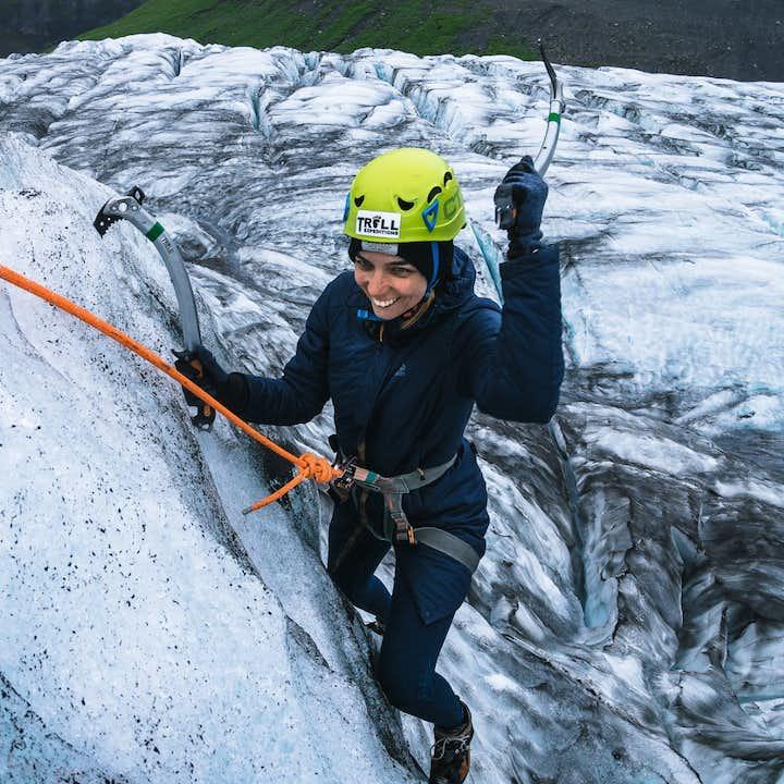 Niesamowita 4-godzinna wspinaczka po lodowcu Vatnajokull z transferem ze Skaftafell