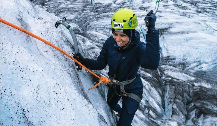 Skaftafell-ijsklimmen en gletsjerwandeling