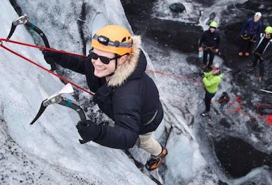 Escalade sur glacier et randonnée au Solheimajokull