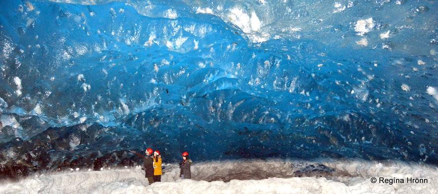Inside the Breiðamerkurjökull ice cave in South-Iceland