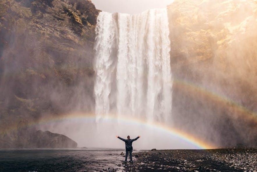 冰島森林瀑布