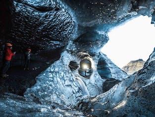 日帰りの南海岸ツアー|ミールダルスヨークトル氷河の洞窟探検付き