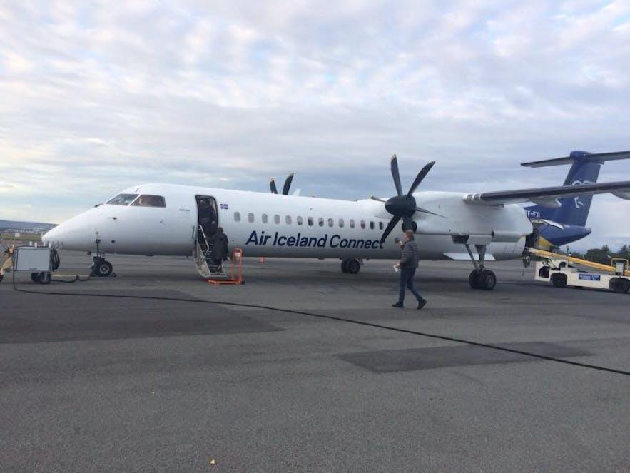 アイスランド国内線の飛行機