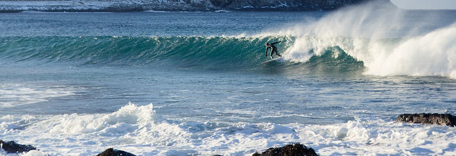 Surfing tours