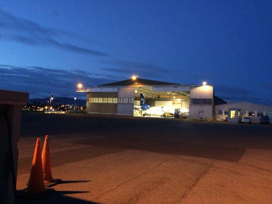 レイキャビク国内空港にある格納庫
