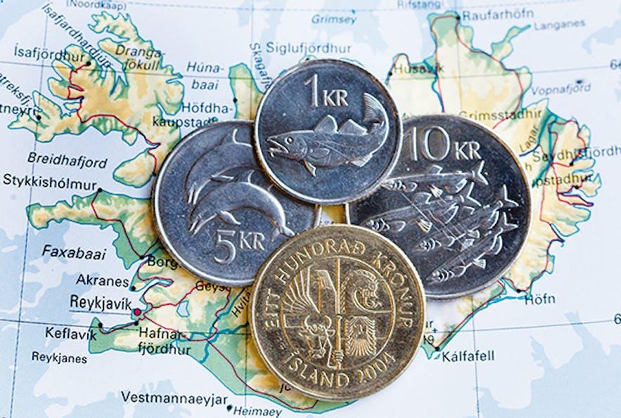 冰岛货币-硬币上印着鱼虾,非常符合冰岛以渔业为生的特色