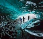 ถ้ำน้ำแข็งสีฟ้าที่สกัฟตาแฟลล์ & ปีนเกลเซียร์